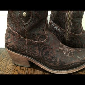 Shorty Brown Boot Handmade in Mexico